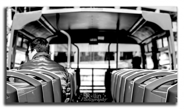 the-commute-bw-sv